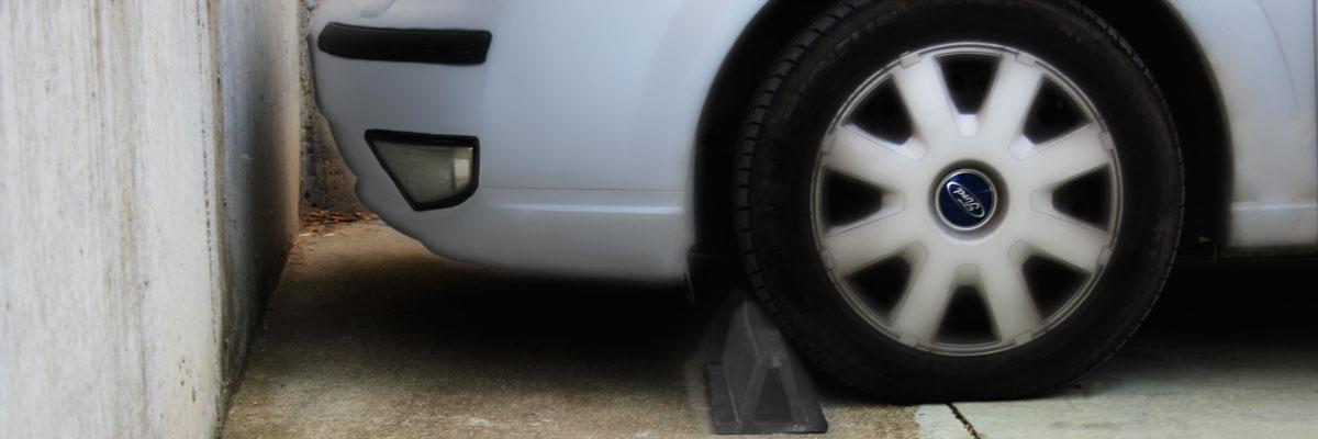 Aplicación de Cauchos antón en parking